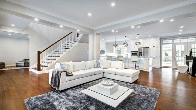 Brand new furnished modern house in Montreal's Beaconsfield.