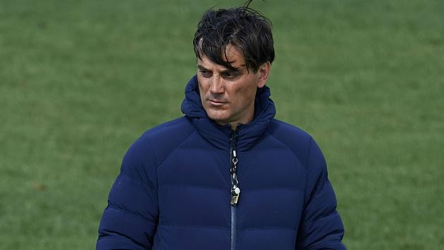 <p>Messi is an alien but Sevilla can bring Barcelona back down to Earth, insists Montella</p>