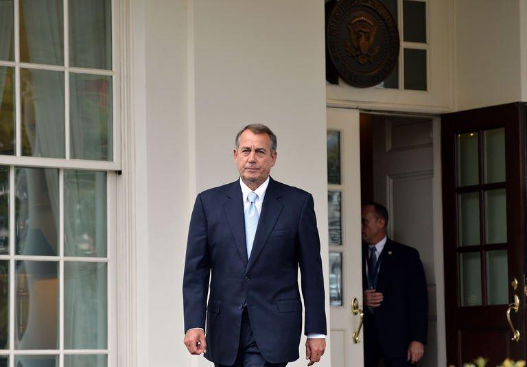 US Speaker of the House John Boehner arrives to speak to reporters following a meeting with President Barack Obama on March 1, 2013 in Washington