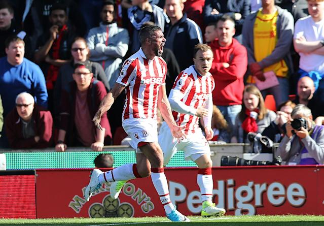 <p>Jon Walters celebrates putting Stoke 1-0 up</p>