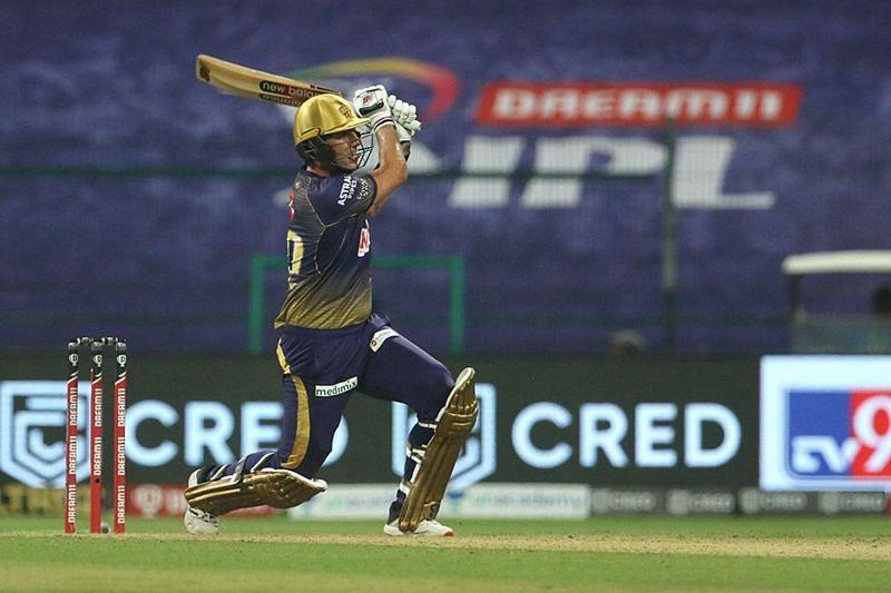 Aakash Chopra pointed out that Cummins and Starc have the ability to wield the willow [P/C: iplt20.com]