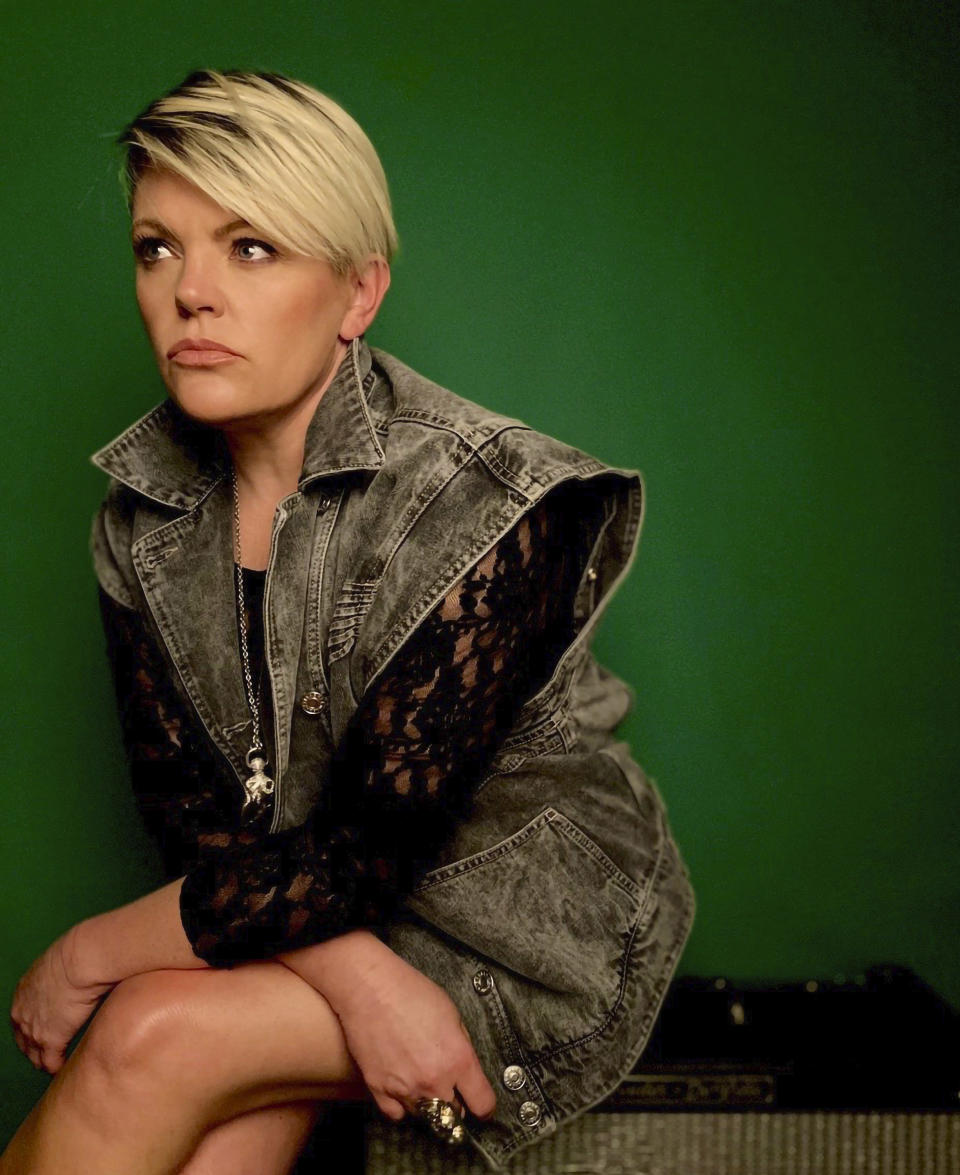 """This self portrait provided by Natalie Maines shows Maines, of The Chicks, who is promoting the release of the band's latest album """"Gaslighter."""" (Natalie Maines via AP)"""