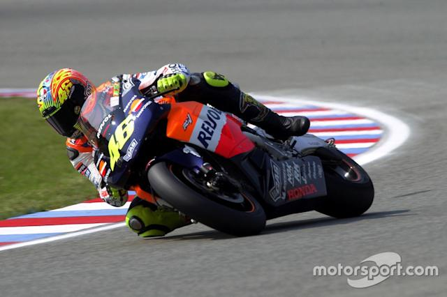 "2002. Valentino Rossi <span class=""copyright"">Gold and Goose / Motorsport Images</span>"