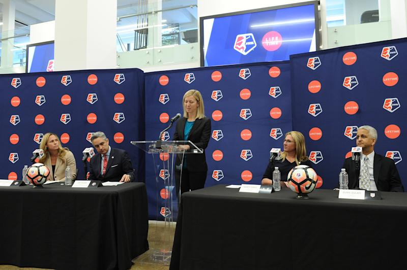 NEW YORK, NY - FEBRUARY 02: (L-R) Sky Blue FC defender Christie Rampone, NWSL Commissioner Jeff Plush, managing director of operations for the NWSL Amanda Duffy, CEO of A&E Networks Nancy Dubuc, and U.S. Soccer President Sunil Gulati attend the Lifetime National Women's Soccer League press conference on February 2, 2017 in New York City. (Photo by Craig Barritt/Getty Images for Lifetime)