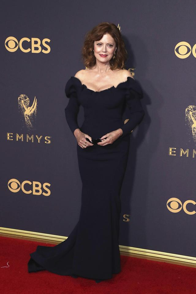 <p>A classic Old Hollywood gown by Zac Posen was a winning look for the 70-year-old actress.<br /><i>[Photo: EFE]</i> </p>