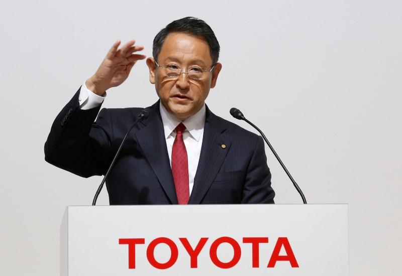 Toyota Motor President Akio Toyoda speaks at a joint news conference in Tokyo, Japan August 4, 2017. REUTERS/Kim Kyung-Hoon