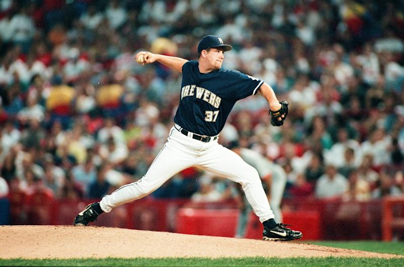 MILWAUKEE, WI - SEPTEMBER 19: Steve Woodard of the Milwaukee Brewers pitches against the St. Louis Cardinals at Miller Park on September 19, 1998 in Milwaukee, Wisconsin. (Photo by Sporting News via Getty Images via Getty Images)