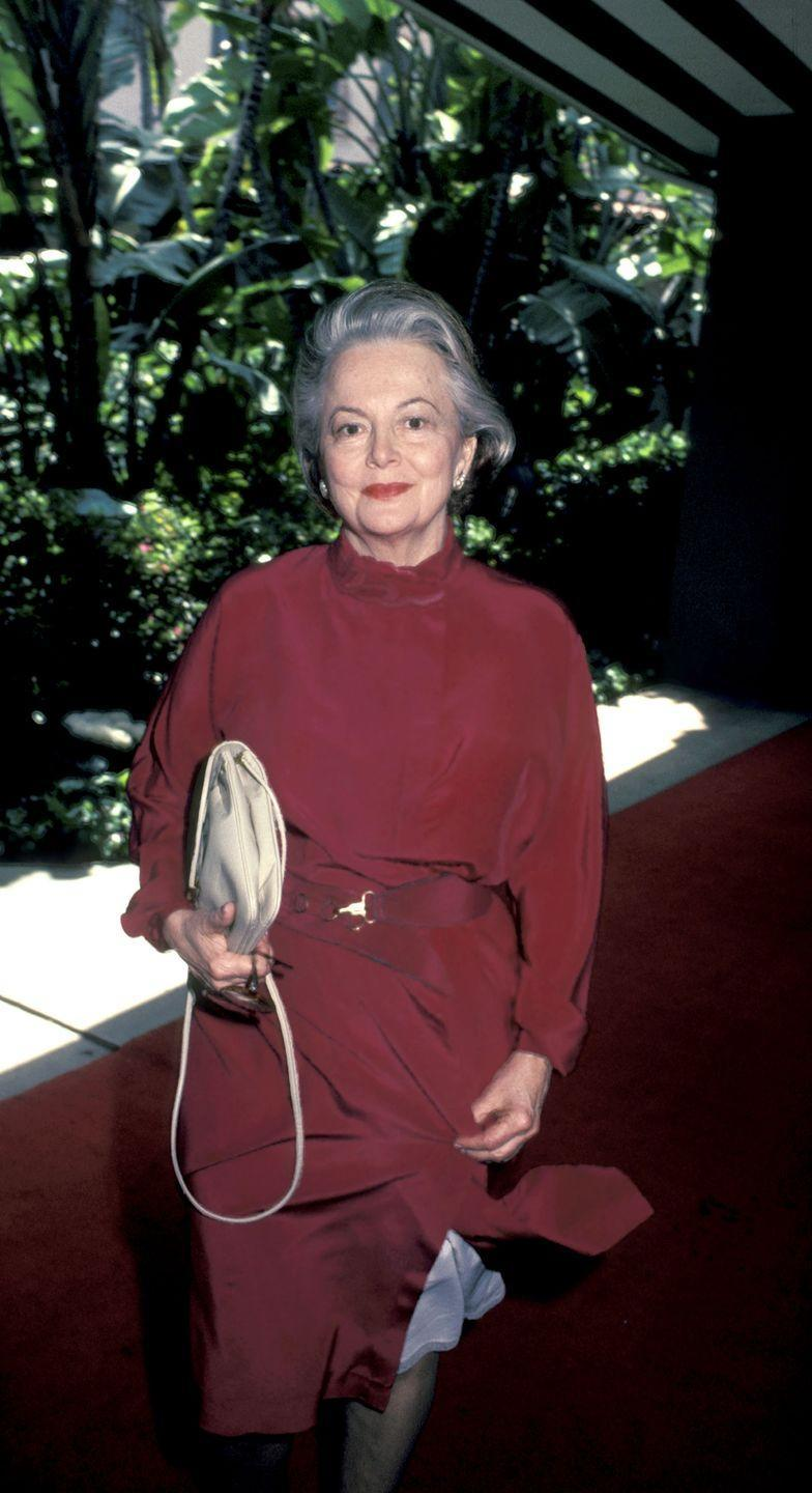 <p>Here she is at the Beverly Hills Hotel in 1983.</p>