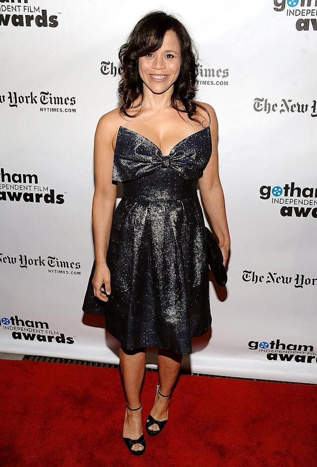 """What's worse: Rosie Perez's lack of makeup and hair product or her bow-enhanced, '80s prom bomb? Dimitrios Kambouris/<a href=""""http://www.gettyimages.com/"""" target=""""new"""">GettyImages.com</a> - November 30, 2009"""