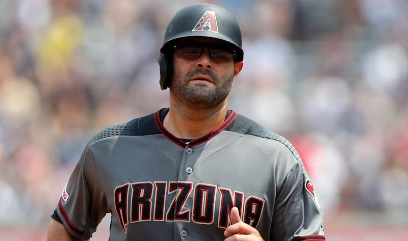 Veteran catcher Alex Avila agrees to one-year deal with Twins