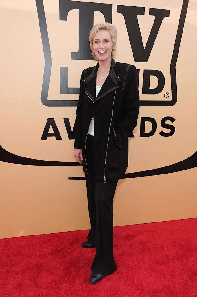 "Jane Lynch (""Glee"") arrives at the <a href=""/the-8th-annual-tv-land-awards/show/46258"">8th Annual TV Land Awards</a> held at Sony Studios on April 17, 2010 in Culver City, California. The show is set to air Sunday, 4/25 at 9pm on TV Land."