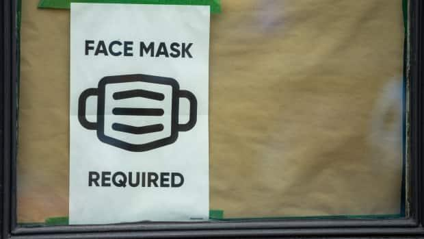 Non-medical face masks will be required in all Saskatchewan schools beginning Friday.  (Andrew Lee/CBC - image credit)