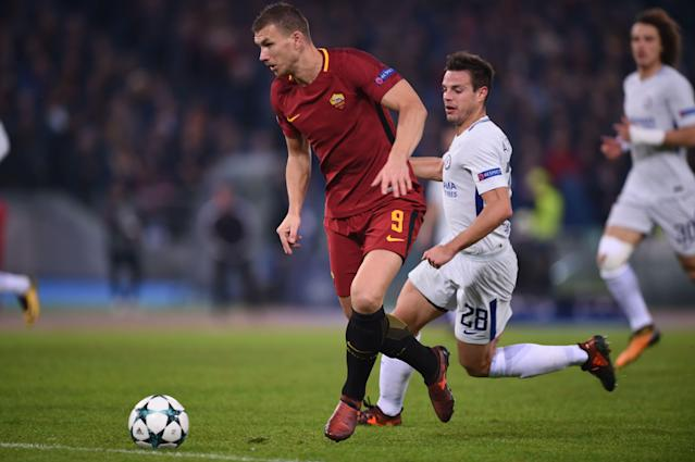 "Roma's <a class=""link rapid-noclick-resp"" href=""/soccer/players/edin-dzeko/"" data-ylk=""slk:Edin Dzeko"">Edin Dzeko</a> could be heading back to the Premier League. (Getty)"