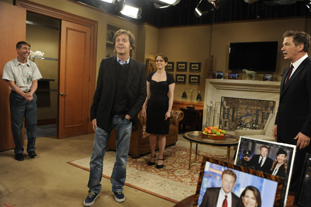 "Jack McBrayer as Kenneth Parcell, Paul McCartney, Tina Fey as Liz Lemon, and Alec Baldwin as Jack Donaghy in the ""Live from Studio 6H"" episode of ""<a href=""http://tv.yahoo.com/30-rock/show/37064"">30 Rock</a>."""