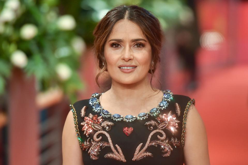 Salma Hayek is once again dazzling fans with a stunning swimsuit shot. (Photo: Stephane Cardinale - Corbis/Corbis via Getty Images)