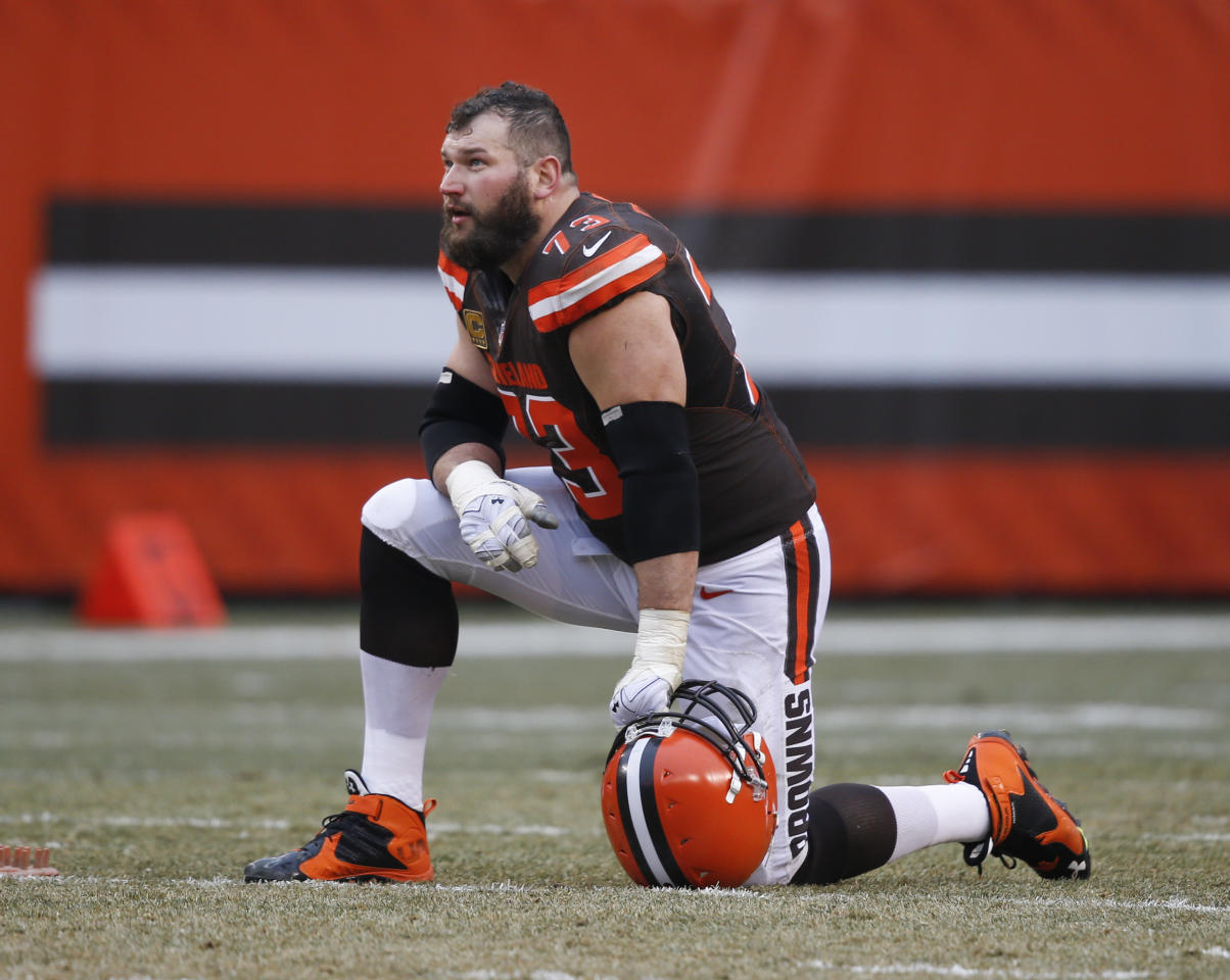 """FILE - In this Dec. 24, 2016, file photo, Cleveland Browns tackle Joe Thomas looks on before an NFL football game against the San Diego Chargers in Cleveland. Thomas said he's not overly concerned about some recent spells of memory loss he revealed earlier this summer. The 10-time Pro Bowler is keeping close tabs on new brain studies about the effects of playing football. Thomas said he's closely monitoring his health but is """"not worried about it right now."""" (AP Photo/Ron Schwane, File)"""