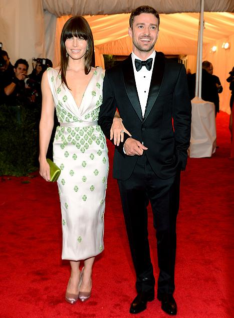 Justin Timberlake, Jessica Biel Make First Official Post-Engagement Appearance at MET Gala