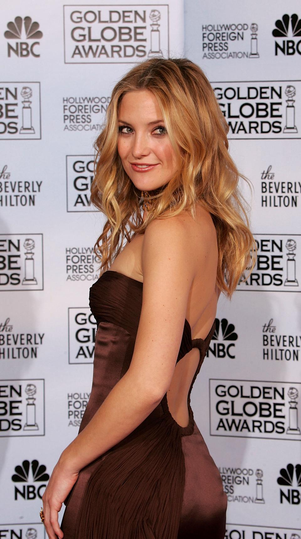 Kate Hudson poses backstage during the 62nd Annual Golden Globe Awards at the Beverly Hilton Hotel on January 16, 2005 in Beverly Hills, California.