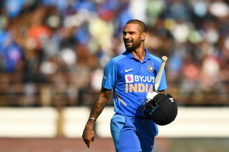 Dhawan hits first IPL ton to keep Delhi top of the table