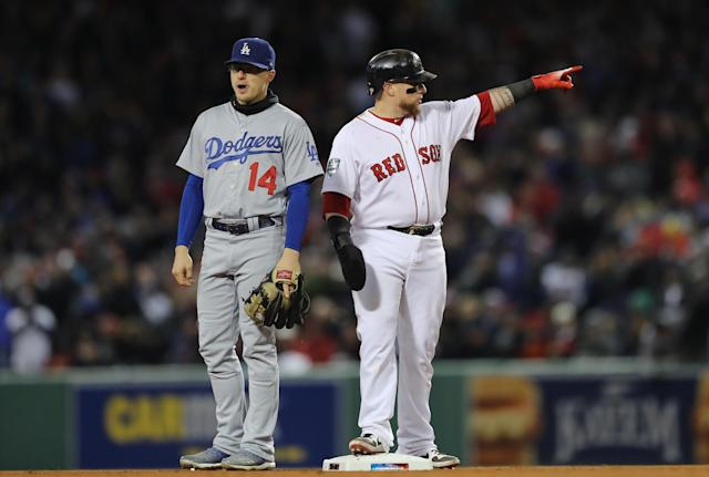 Christian Vázquez feathered a hit to the opposite field in the fifth inning of Game 2 of the World Series. (Getty Images)