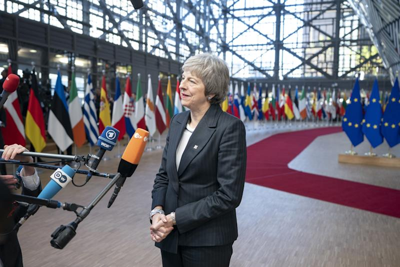 EU to Step Up Plans for No-Deal Brexit as Bloc Plays Hardball With May