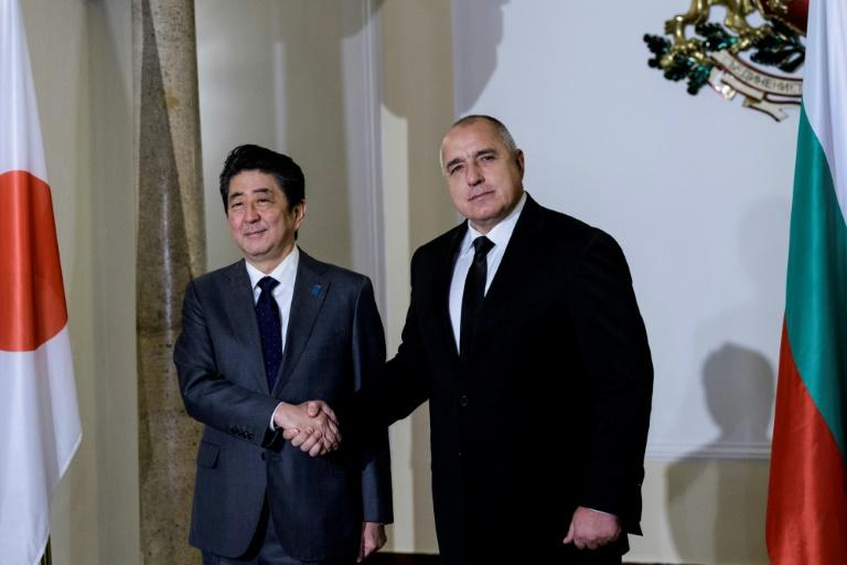 Japan's Abe seeks Baltic support against North Korea