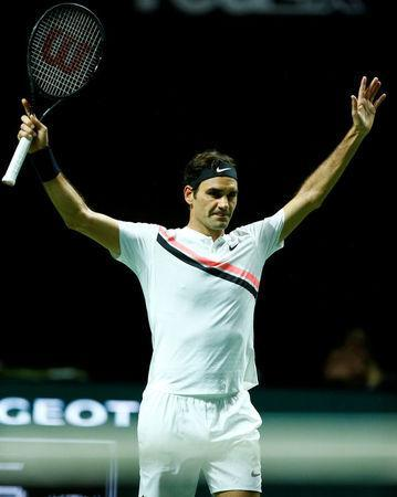 Tennis - ATP 500 - Rotterdam Open - Quarterfinal - Ahoy, Rotterdam, Netherlands - February 16, 2018 Roger Federer of Switzerland celebrates after defeating Robin Haase of the Netherlands. REUTERS/Michael Kooren