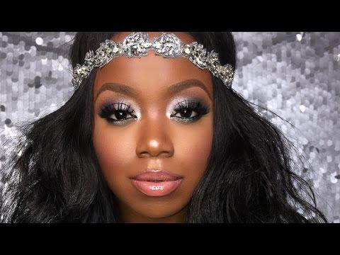 """<p>Highlights of pink and black made this romantic smokey eye look ideal for a holiday soiree. This step-by-step video shows the full face tutorial.</p><p><a class=""""link rapid-noclick-resp"""" href=""""https://www.amazon.com/Maybelline-New-York-Eyeshadow-Concrete/dp/B06XF1CZHZ/?tag=syn-yahoo-20&ascsubtag=%5Bartid%7C10050.g.34534998%5Bsrc%7Cyahoo-us"""" rel=""""nofollow noopener"""" target=""""_blank"""" data-ylk=""""slk:SHOP MAKEUP PALETTES"""">SHOP MAKEUP PALETTES</a></p><p><a href=""""https://www.youtube.com/watch?v=inX7YYDFgCI"""" rel=""""nofollow noopener"""" target=""""_blank"""" data-ylk=""""slk:See the original post on Youtube"""" class=""""link rapid-noclick-resp"""">See the original post on Youtube</a></p>"""