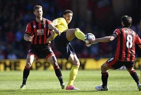 Britain Soccer Football - AFC Bournemouth v Middlesbrough - Premier League - Vitality Stadium - 22/4/17 Middlesbrough's Rudy Gestede in action with Bournemouth's Simon Francis and Harry Arter Reuters / Dylan Martinez Livepic