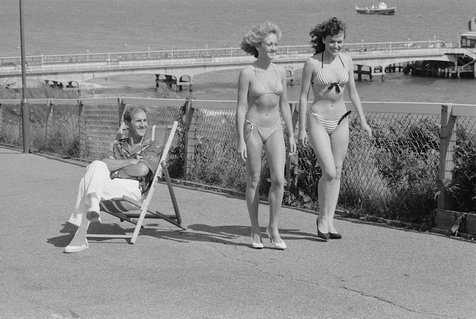 <p>String bikinis were widely popular in 1984, particularly ones with triangle tops. The prevalent style continues to be on trend today.</p>