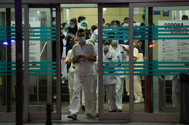 More than 4,000 deaths linked to the virus have now been recorded in Spain. (Photo: OSCAR DEL POZO via Getty Images)