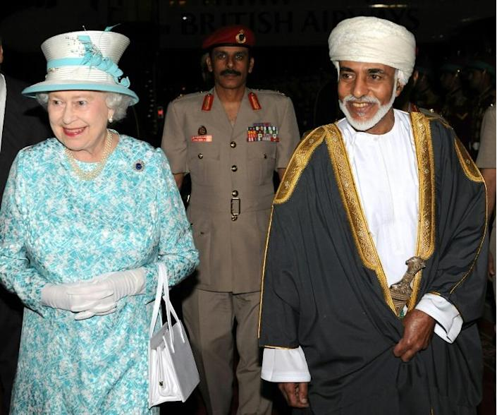 Under Sultan Qaboos, seen here with Queen Elizabeth II in Muscat in November 2010, Oman maintained close military and economic ties with Britain (AFP Photo/-)