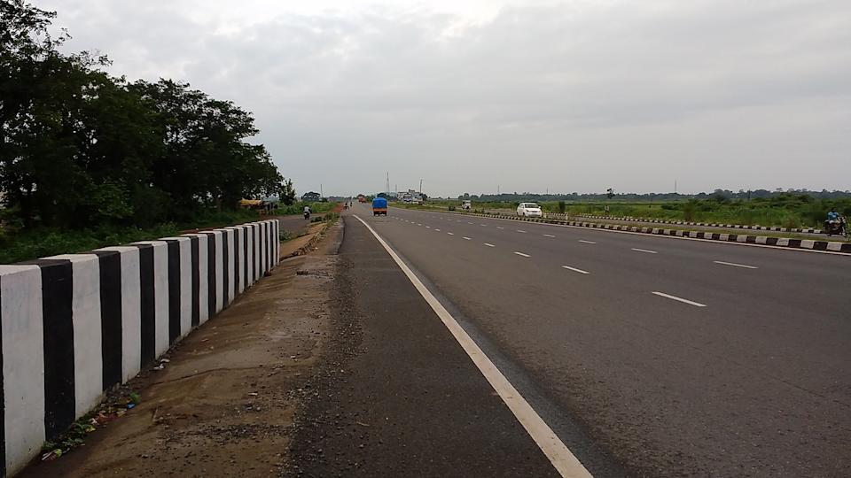 "<p><strong>National Highway 6</strong> & <strong>Economic Corridor 1 (EC1</strong>) (commonly referred to as NH6), was a National Highway in <a href=""https://en.wikipedia.org/wiki/India"" rel=""nofollow noopener"" target=""_blank"" data-ylk=""slk:India"" class=""link rapid-noclick-resp"">India</a> that has been separately designated under the new national highway numbering system. It was officially listed as running over 1,949 km (1,211 mi)from Surat to Kolkata. The route was also known as Asian Highway 46 (AH46) & Mumbai - Kolkata Highway and Great Eastern Highway. NH6 ran through Gujarat, Maharashtra, Chhattisgarh, Odisha, Jharkhand and West Bengal state in India. The highway passed through the cities of Surat, Dhule, Jalgaon, Bhusaval, Akola, Amravati, Nagpur, Bhandara, Rajnandgaon, Durg, Raipur, Mahasamund, Sambalpur, Kharagpur, Kolkata. As of 2010 notification from Ministry of Road Transport and Highways, old NH 6 has been renumbered as follows: Hajira - Deogarh section is part of new National Highway No. 53; Deogarh - Kharagpur section is part of new National Highway No. 49 Kharagpur - Kolaghat - Kolkata section is part of new National Highway No. 16.</p>"