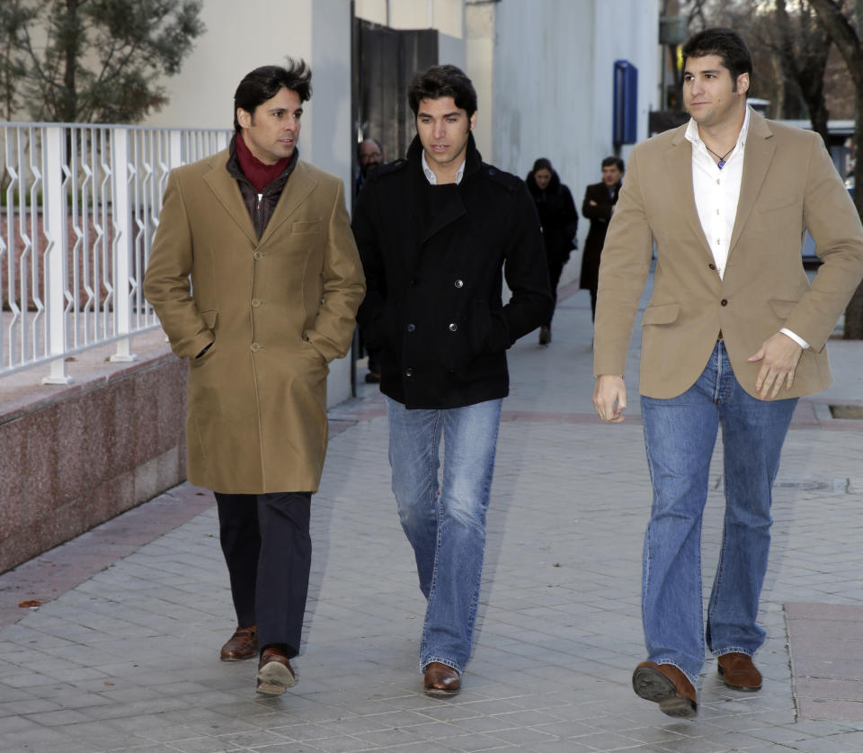 MADRID, SPAIN - JANUARY 14:  (L-R) Francisco Rivera, Cayetano Rivera and Julian Contreras attend court on January 14, 2013 in Madrid, Spain. The bullfighter Francisco Rivera and ex wife Duchess of Montoro Eugenia Martinez de Irujo are fighting for the custody of their daughter.  (Photo by Europa Press/Europa Press via Getty Images)