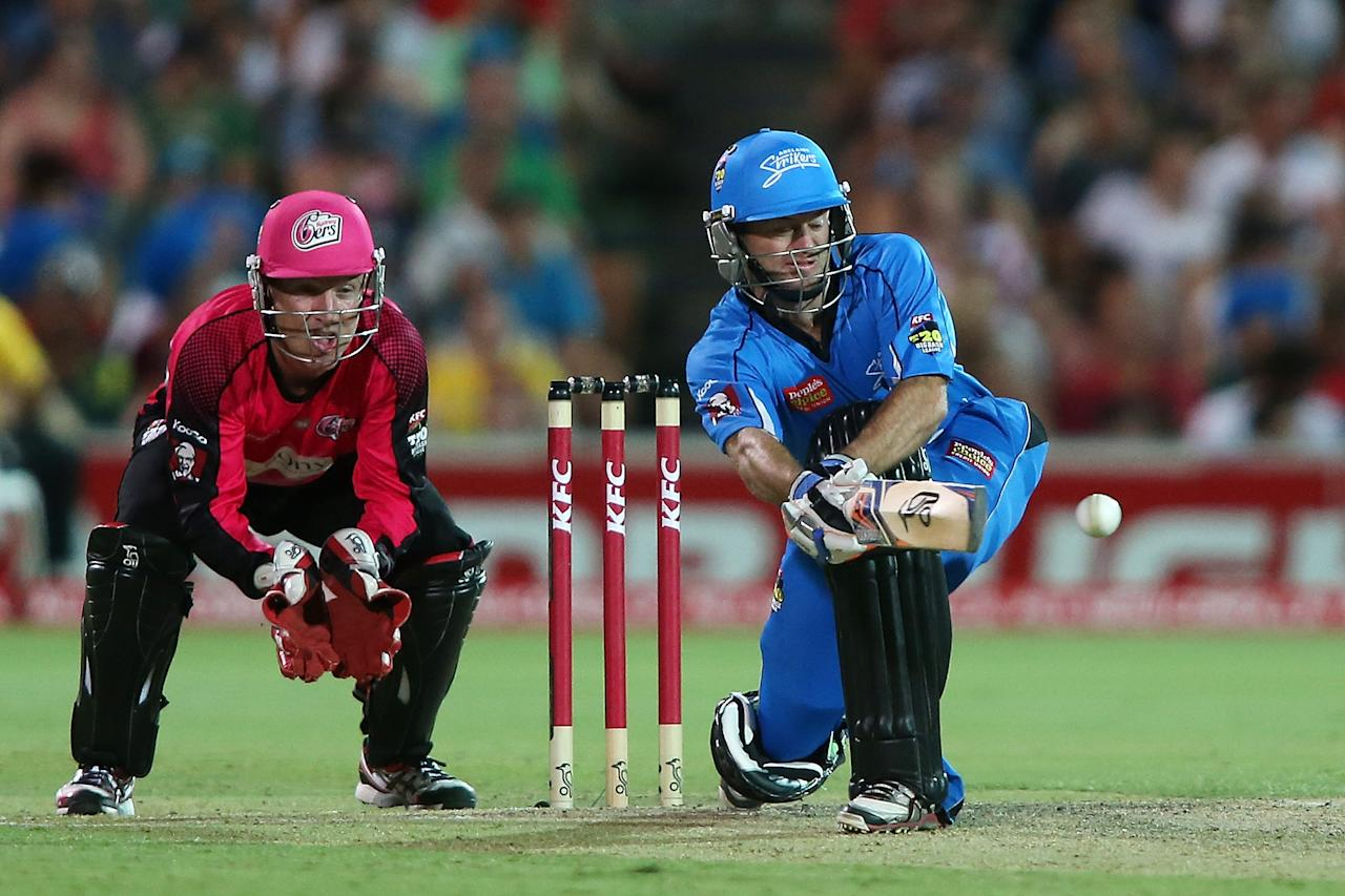 ADELAIDE, AUSTRALIA - DECEMBER 23: Tim Ludeman of the Strikers plays a sweep shot during the Big Bash League match between the Adelaide Strikers and the Sydney Sixers at Adelaide Oval on December 23, 2012 in Adelaide, Australia.  (Photo by Morne de Klerk/Getty Images)