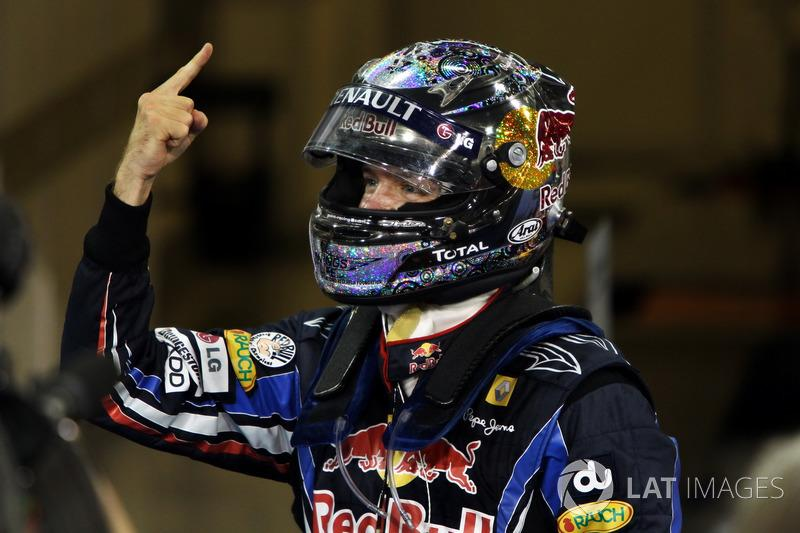 "Sebastian Vettel, Red Bull Racing RB6, campeón del mundo 2010<span class=""copyright"">Sutton Motorsport Images</span>"