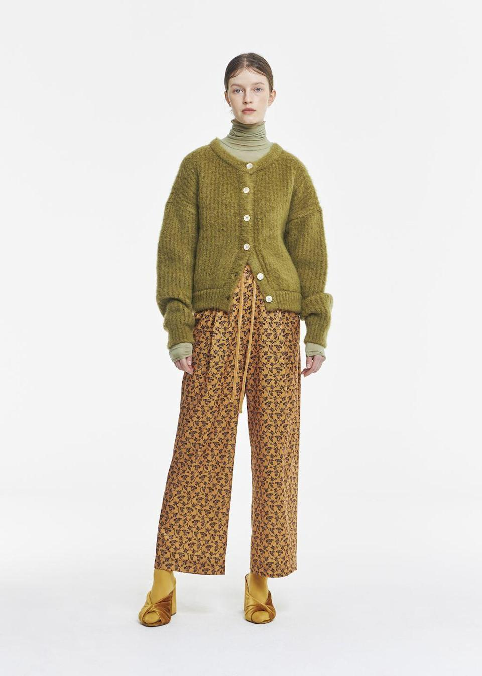 <p>Palette tra i Sessanta e i Settanta: look <strong>Neul</strong> <strong>Autunno Inverno 2021 2022</strong>.</p>