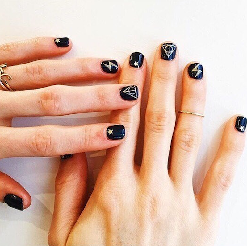 For all the <em>Harry Potter</em> fans in the house, these nails are for you.
