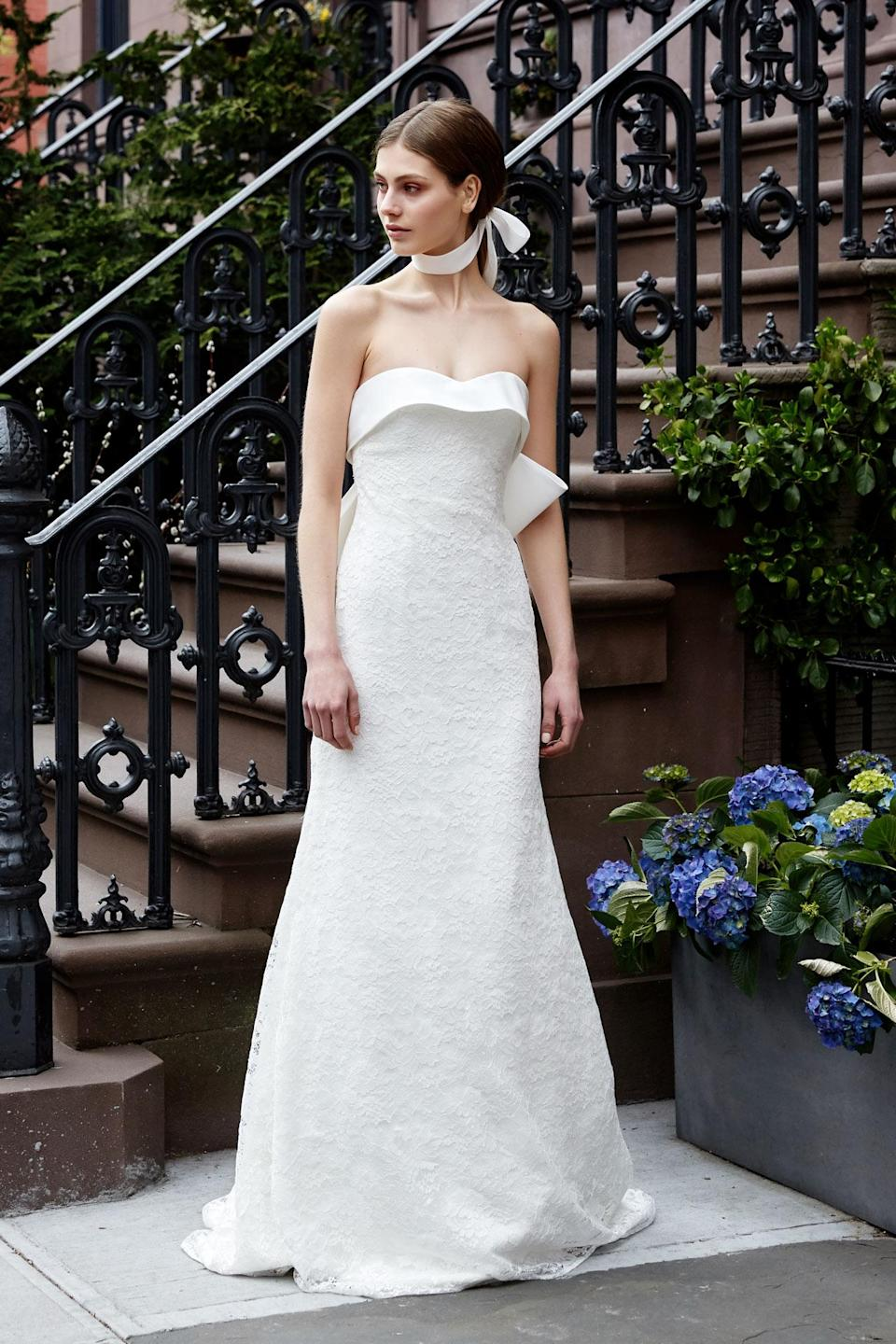 <p>Strapless gown with back bow. (Photo: Erin Baiano) </p>