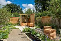 """<p>The Communication Garden, in support of Mental Health UK, is a space designed to help people meet, talk and connect while surrounded by woodland planting and a native tree canopy which provides protection as well as encouraging people to look up and explore. The garden highlights the importance of face-to-face interaction. <br></p><p>Designed by: <a href=""""https://www.ameliabouquetgardendesign.com/"""" rel=""""nofollow noopener"""" target=""""_blank"""" data-ylk=""""slk:Amelia Bouquet"""" class=""""link rapid-noclick-resp""""><strong>Amelia Bouquet</strong></a>   Built by: <a href=""""https://urbanmeadows.co.uk/"""" rel=""""nofollow noopener"""" target=""""_blank"""" data-ylk=""""slk:Urban Meadows"""" class=""""link rapid-noclick-resp""""><strong>Urban Meadows</strong></a>   Sponsored by: <a href=""""https://www.londonstone.co.uk/"""" rel=""""nofollow noopener"""" target=""""_blank"""" data-ylk=""""slk:London Stone"""" class=""""link rapid-noclick-resp""""><strong>London Stone</strong></a> + Practicality Brown and Urbis Design<br></p><p><a class=""""link rapid-noclick-resp"""" href=""""https://go.redirectingat.com?id=127X1599956&url=https%3A%2F%2Fwww.rhs.org.uk%2Fshows-events%2Frhs-hampton-court-palace-garden-festival%2Fgardens%2F2021%2Fthe-communication-garden&sref=https%3A%2F%2Fwww.countryliving.com%2Fuk%2Fhomes-interiors%2Fgardens%2Fg36911790%2Fmedal-winning-gardens-rhs-hampton-court-garden-festival-2021%2F"""" rel=""""nofollow noopener"""" target=""""_blank"""" data-ylk=""""slk:READ MORE"""">READ MORE</a></p>"""