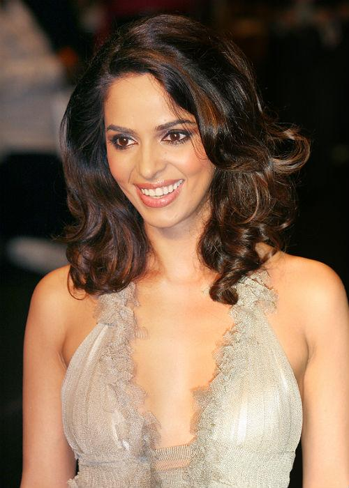 "3. Mallika Sherawat  <p> 	<a href=""http://www.mensxp.com/tag/mallika-sherawat.html"">Mallika Sherawat</a>  has made her entire career based on her ability to shed clothes. Her  first film 'Murder' made her an overnight sensation in the country and  though her other films could not perform as well at the box-office, her  daring approach in the industry has little but changed.</p>"