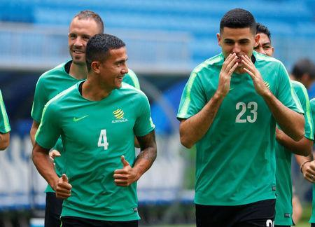 World Cup - Australia Training - Samara Arena, Samara, Russia - June 20, 2018 Australia's Tim Cahill and Tom Rogic during training REUTERS/David Gray