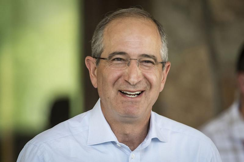Comcast CEO Speed-Dates With Apple, Google Chiefs in Sun Valley