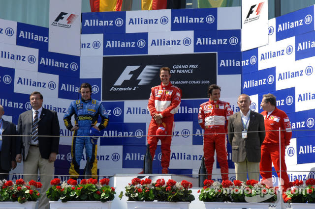 "34- Fernando Alonso, 2º en el GP de Francia 2006 con Renault <span class=""copyright"">Ferrari Media Center</span>"