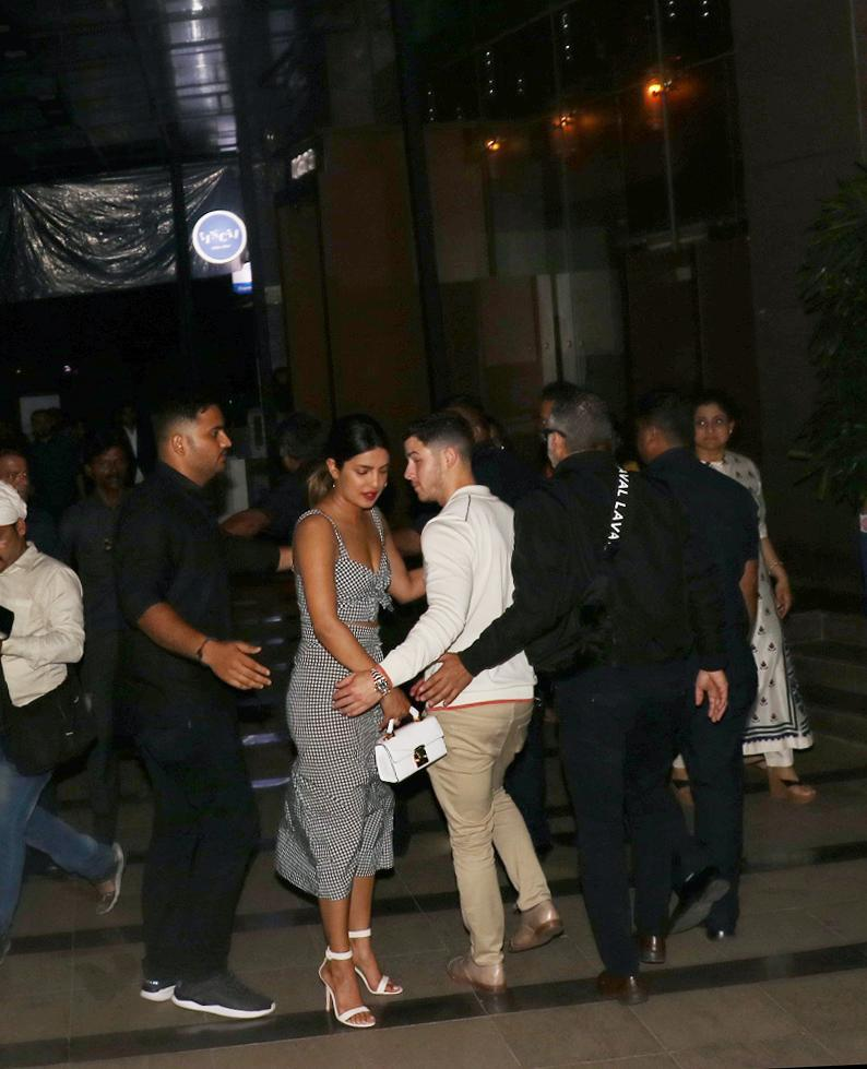 <p>The newest pair to have captured the attention of media, not only in India but globally, is Priyanka Chopra and Nick Jonas. </p>