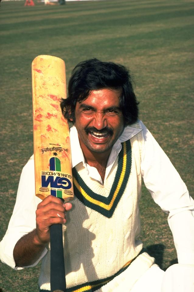 29 Nov 1980:  Portrait of Sadiq Mohammad of Pakistan during a training session before the First Test match against the West Indies at the Gaddafi Stadium in Lahore, Pakistan. The match ended in a draw. \ Mandatory Credit: Adrian  Murrell/Allsport