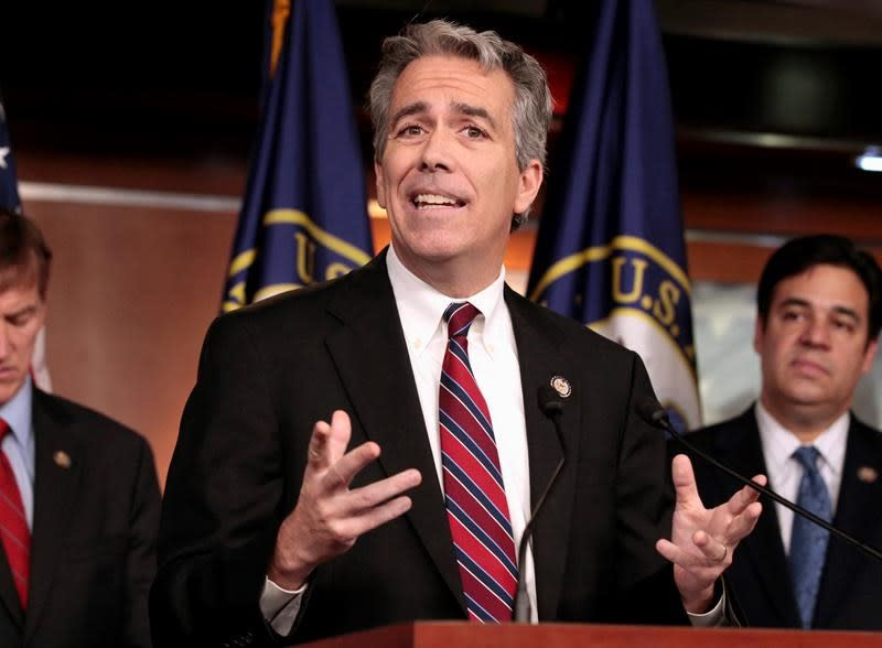 Ex-Rep. Joe Walsh making longshot GOP challenge to Trump