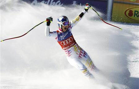 Lindsey Vonn of the U.S. celebrates winning the women's World Cup Super G in Beaver Creek, Colorado December 7, 2011. REUTERS/Rick Wilking