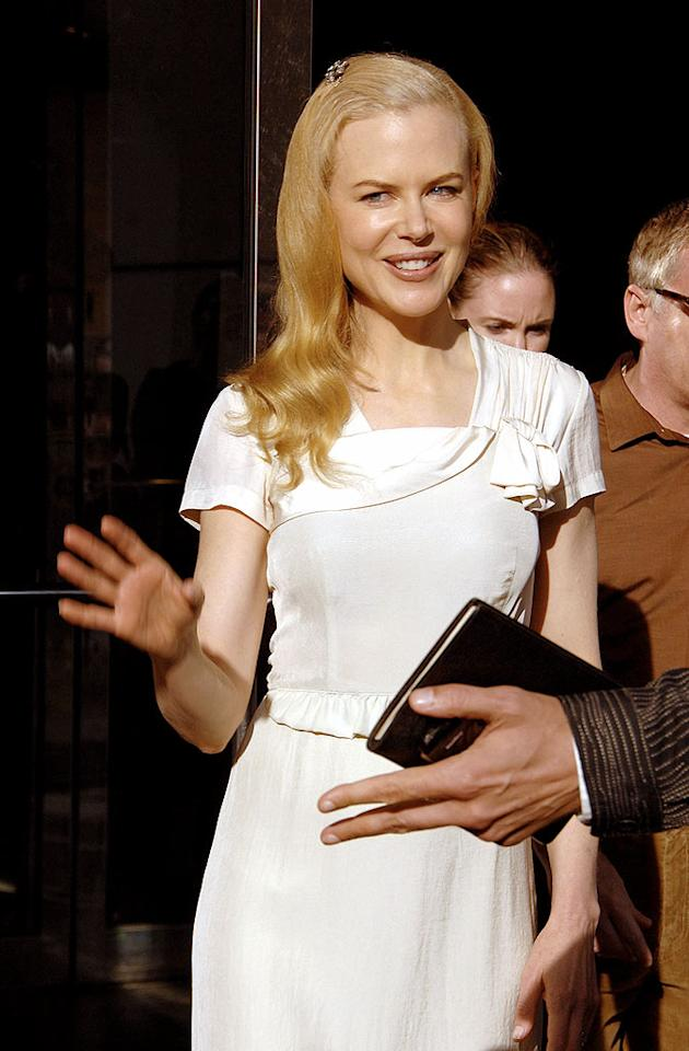 """Academy Award winner Nicole Kidman won't need to make any room on her mantle for an Oscar this year due to her continued string of poorly-reviewed performances and film flops. """"Invasion,"""" """"Margot at the Wedding,"""" and """"The Golden Compass"""" were all commercial duds. Thankfully the actress will reunite with her """"Moulin Rouge"""" director, Baz Lurhmann, in '08. <a href=""""http://www.infdaily.com"""" target=""""new"""">INFDaily.com</a> - October 5, 2007"""