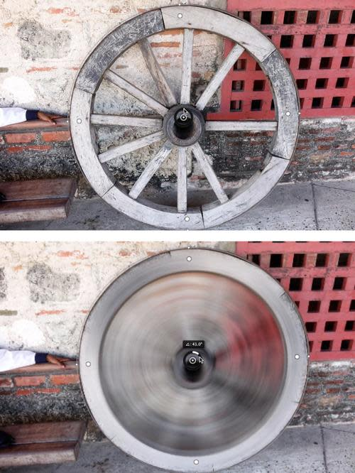 Photo of old wheel before and after adding spin blur